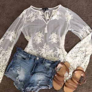 Lace detail, white, long sleeve shirt